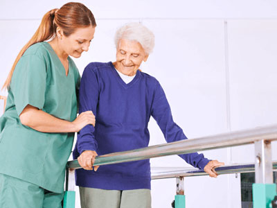 ¿Qué es la fisioterapia geriátrica?
