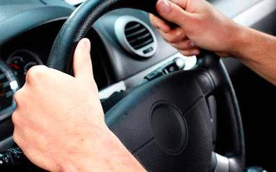 Consejos de Fisioterapia para evitar lesiones al volante
