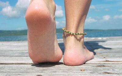 Los beneficios de correr y andar en verano por la playa